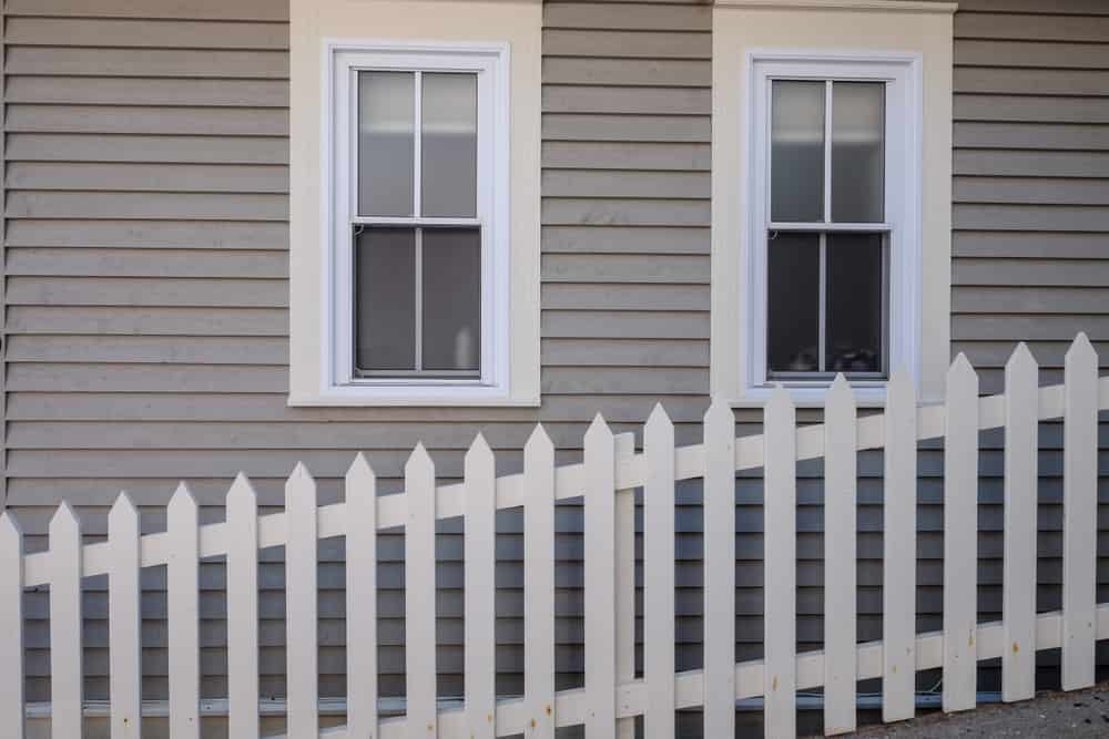 Double-hung window sizes