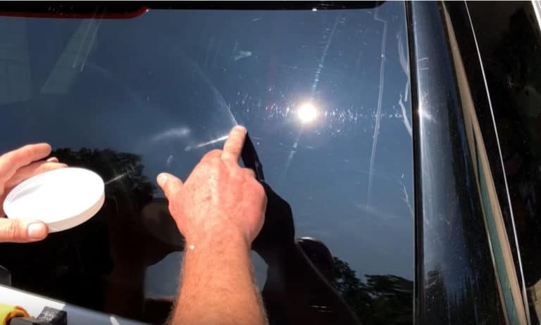6 Ways to Remove Scratches Out of Glass Window