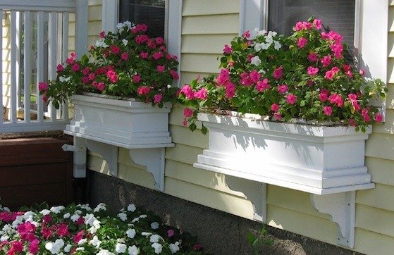 How to Make a Window Box 1