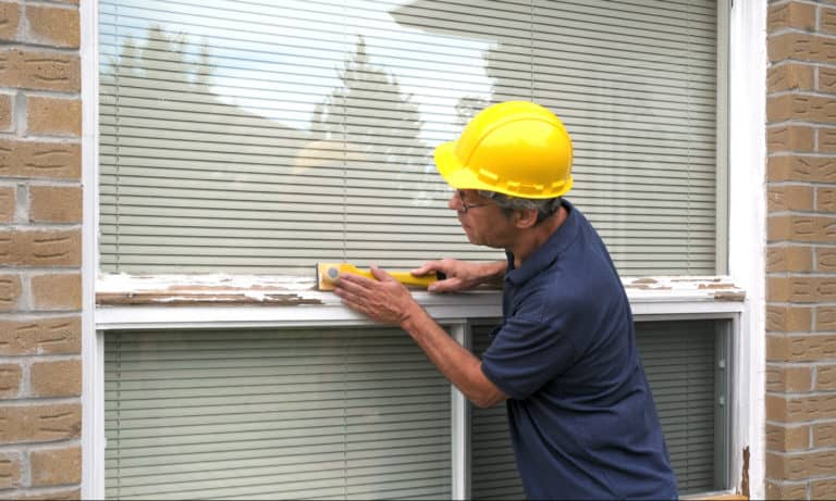 How to Remove Paint From Window In 30 Minutes