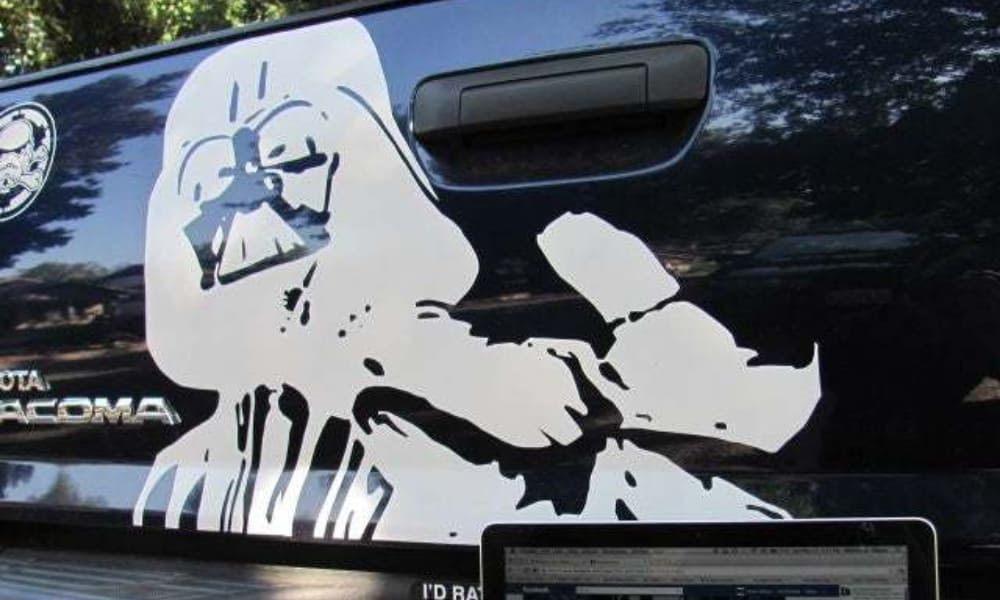 How to create vinyl decals by hand