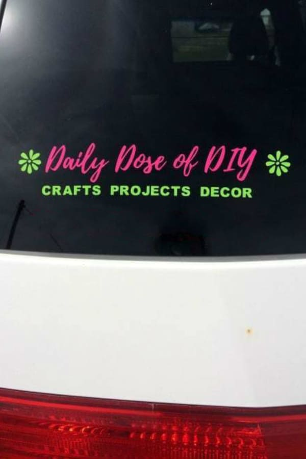How to make a multicolored decal with your Cricut