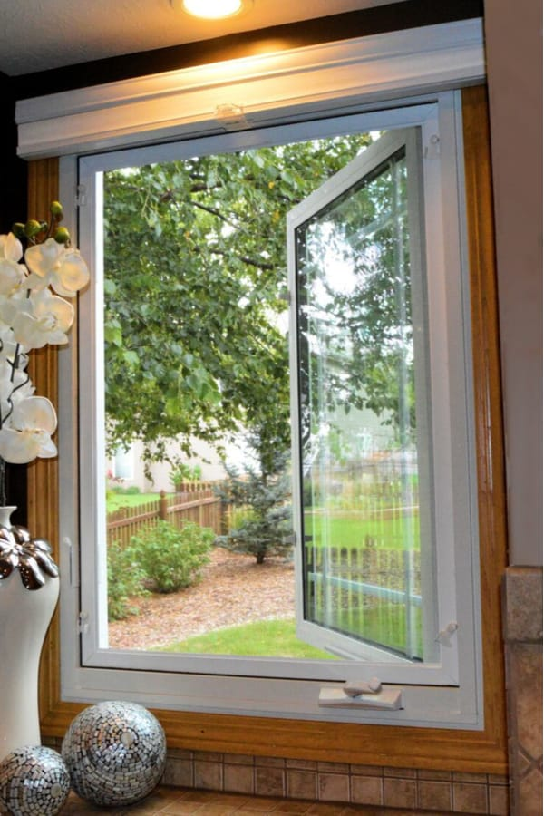 Single frame casement windows