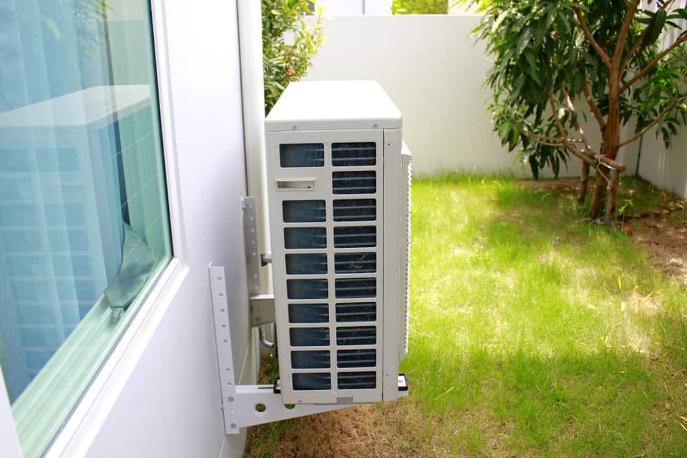 most efficient window heat pump units