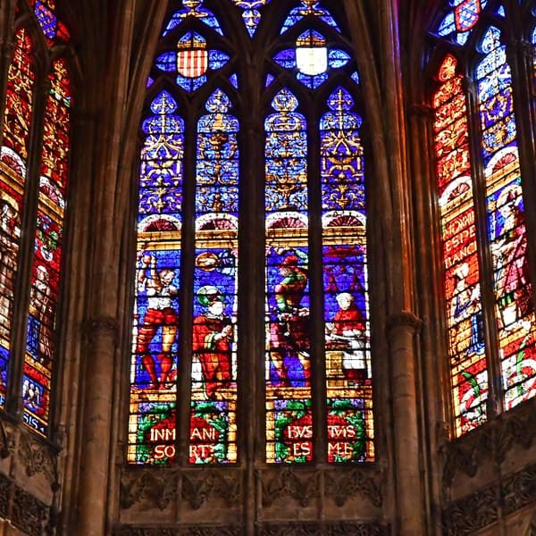 31 Stained Glass Window Ideas Around The World