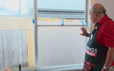 4 DIY Ways to Frost a Window