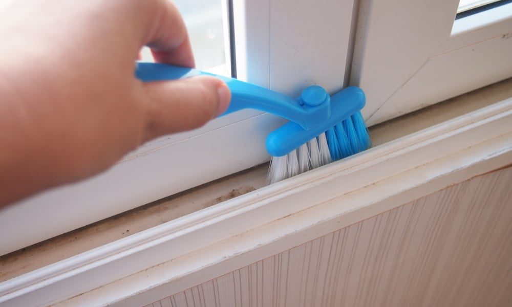 7 Easy Steps to Clean Window Tracks