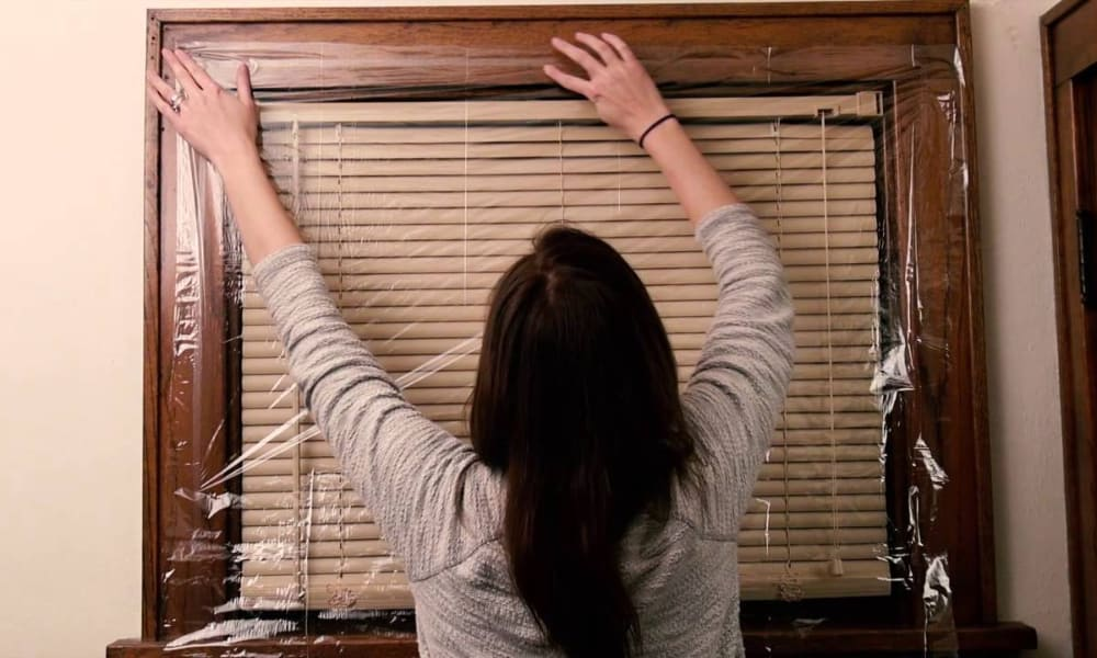 Advantages and Disadvantages of Plastic for Windows