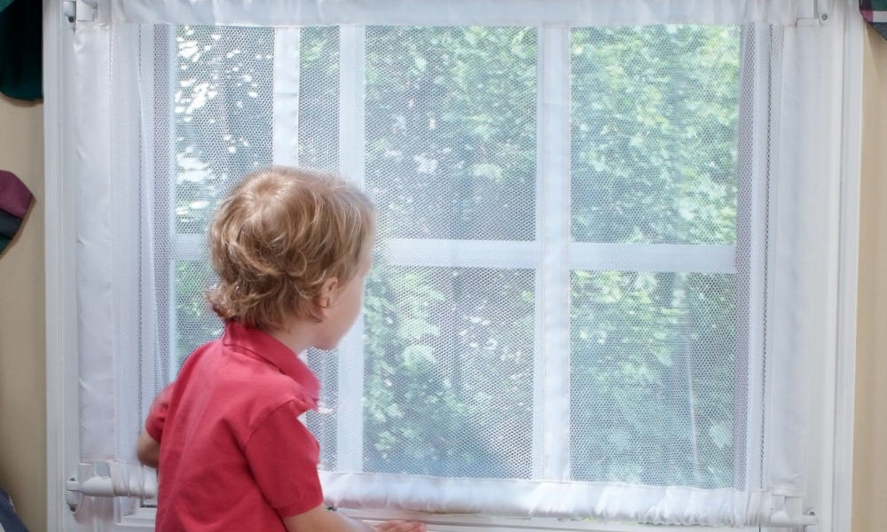 how to install child safety window guards