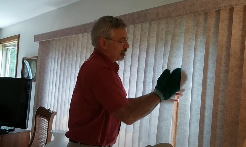Clean the Blinds with Micro Fiber Cloth