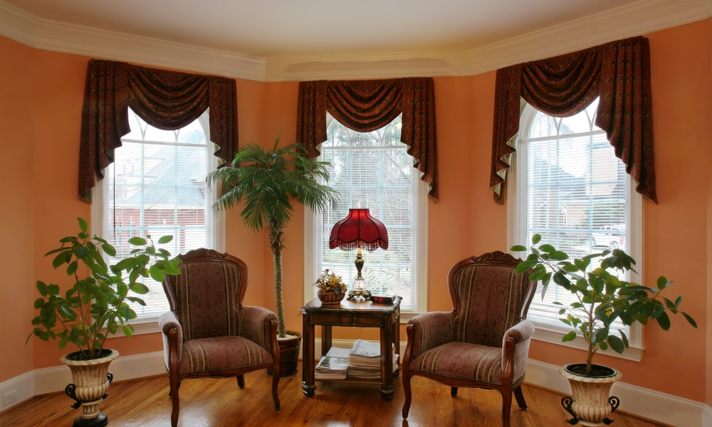 31 Window Treatment Ideas For Bay Windows