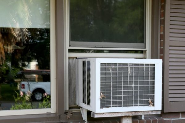 How Long Can You Leave A Window Air Conditioner Running?