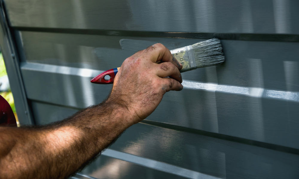 7 Easy Steps To Paint A Garage Door