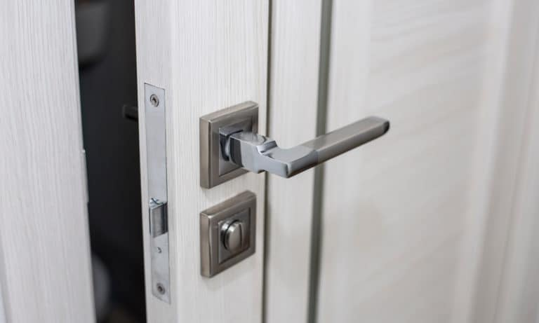 7 Ways To Lock A Door Without A Lock