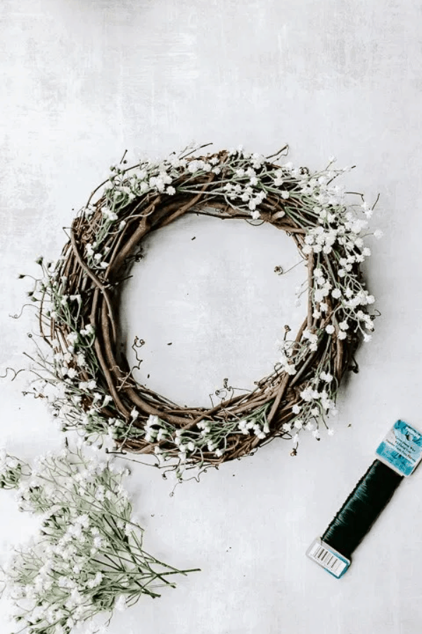 10 Minute DIY Front Door Wreath