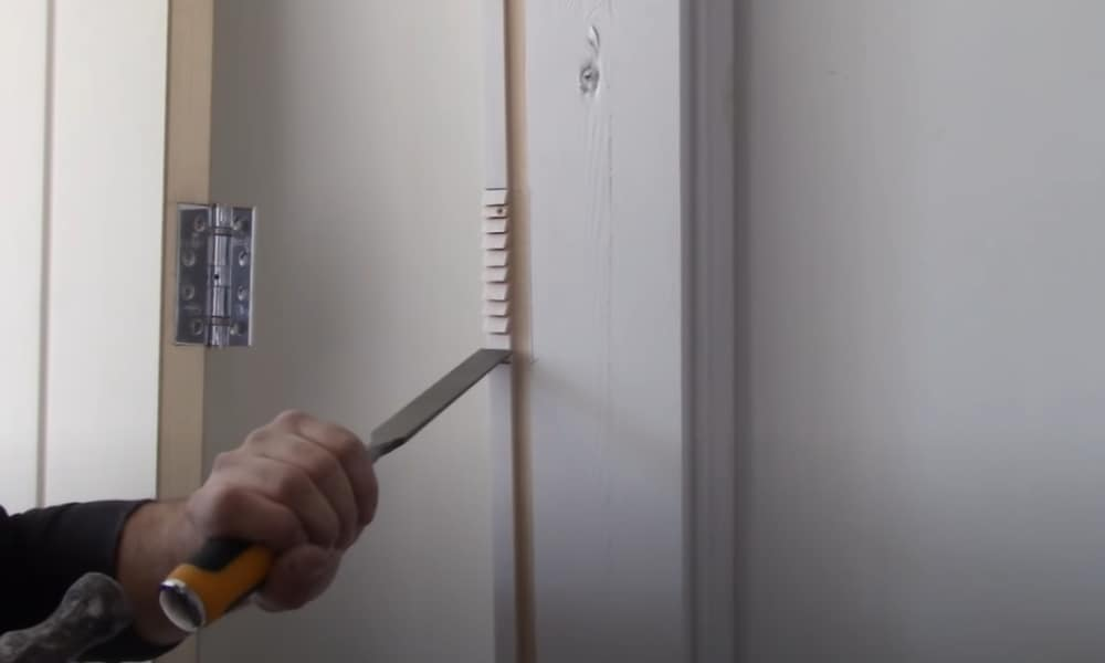 4 Easy Steps to Install Door Hinges