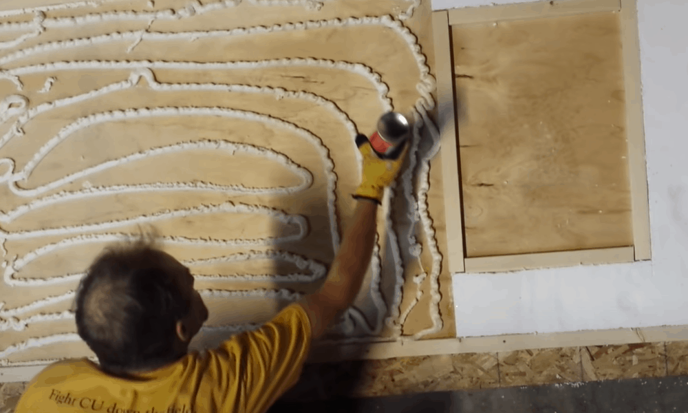 Add vertical edges of insulation frame