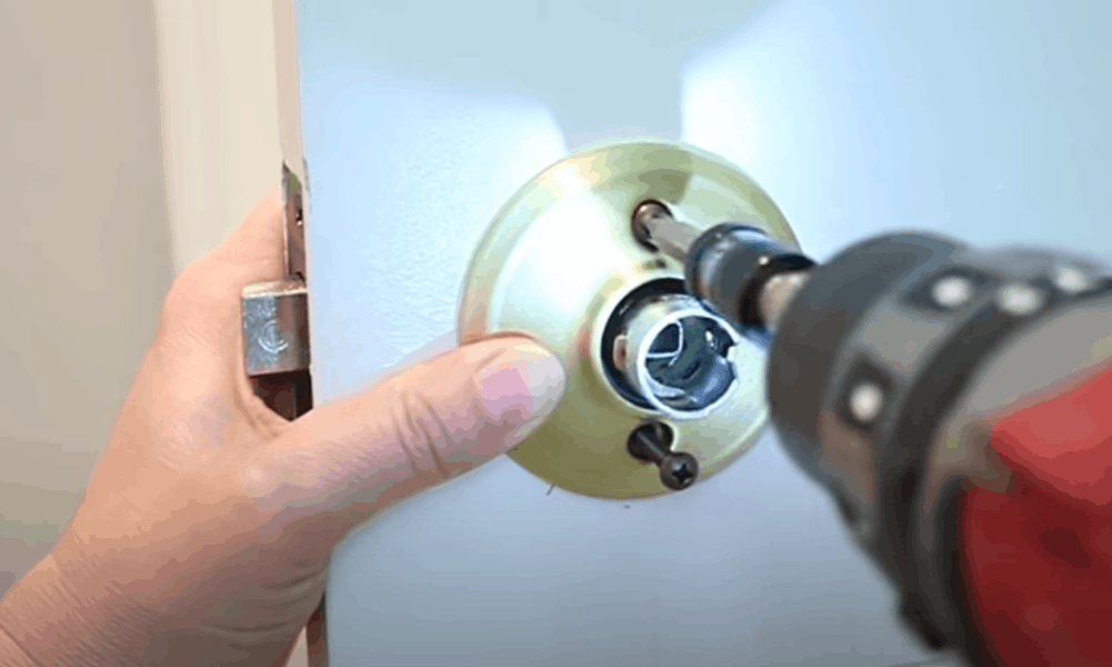 Affix both doorknob ends with screws