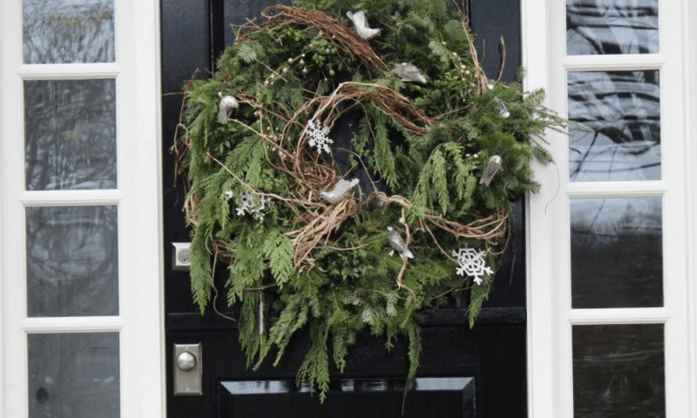 DIY Special, Simple and sMARt Holiday Door Wreath