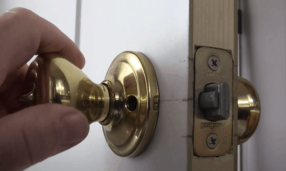 Test the door knob