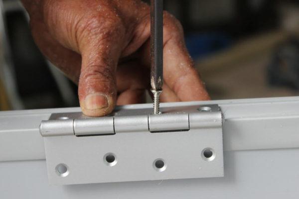 5 Easy Ways to Fix Squeaky Door Hinges