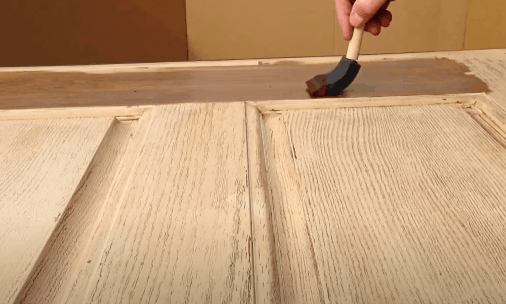 Apply the stain on the exterior panels