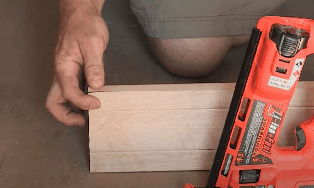 Cut the Wood and Fasten Them with a Nail