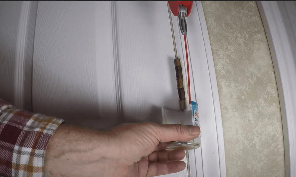 Fix Squeaky Door Hinges With Vaseline