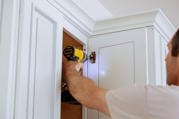 9 Easy Steps to Replace Kitchen Cabinet Doors